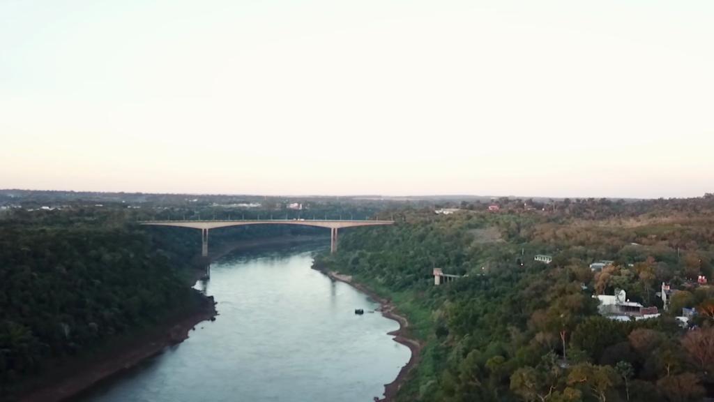 Frontera de Brasil y Argentina lleva cerrada más de un año