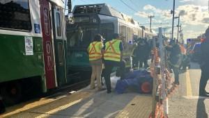 Más de 20 heridos tras choque de trenes en Boston