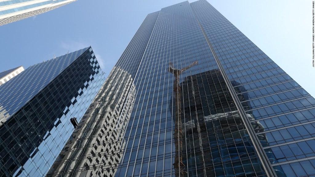 La catástrofe en Miami genera preocupaciones sobre el hundimiento de la Millennium Tower de San Francisco