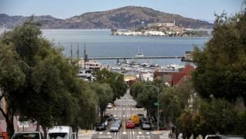 San Francisco exige pruebas vacunas