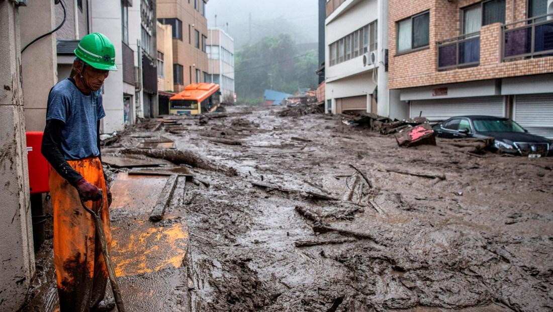 Japón deslizamiento tierra Al menos 20 personas desaparecidas y dos presuntos fallecidos por un deslizamiento de tierra en Japón