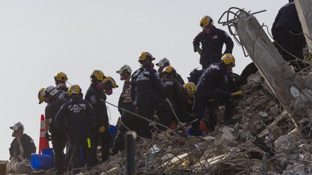 Búsqueda en Miami pasa del rescate a la recuperación