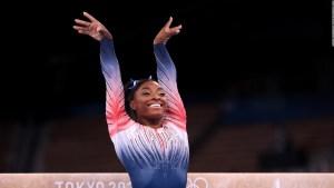 Biles: hay que hablar más de la salud mental en atletas