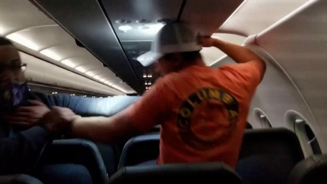 Plantean multar a pasajeros por no usar mascarillas