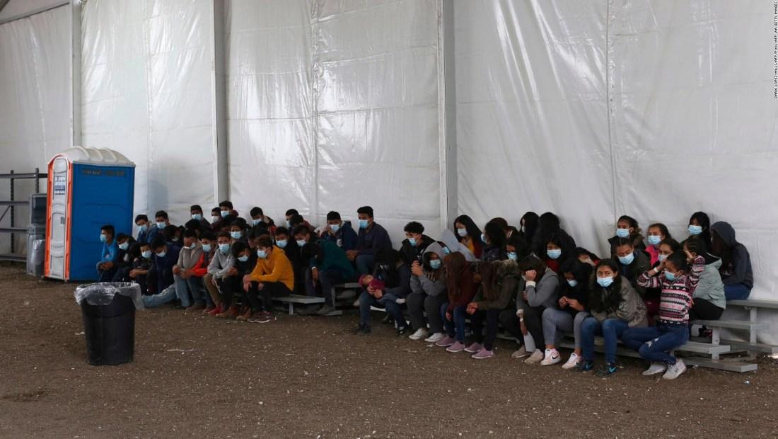"""Texas: niños migrantes denuncian """"malas condiciones"""""""