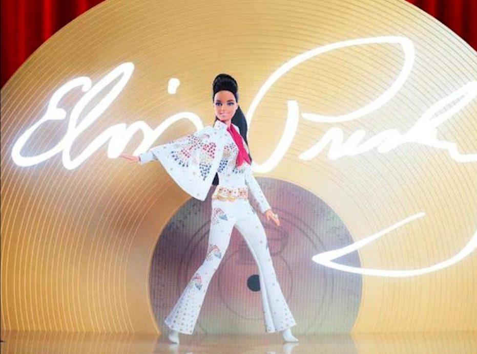 Barbie rend hommage au roi du rock and roll