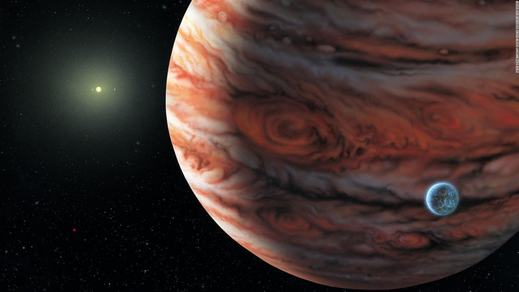 Júpiter, cerca de la luna