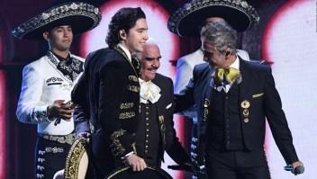 Nieto de Vicente Fernández pospone su boda