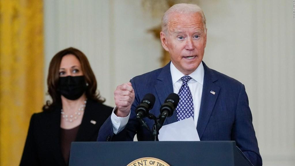 Pinangako ni Biden ang mga paglilikas sa Kabul sa gitna ng krisis sa Afghanistan