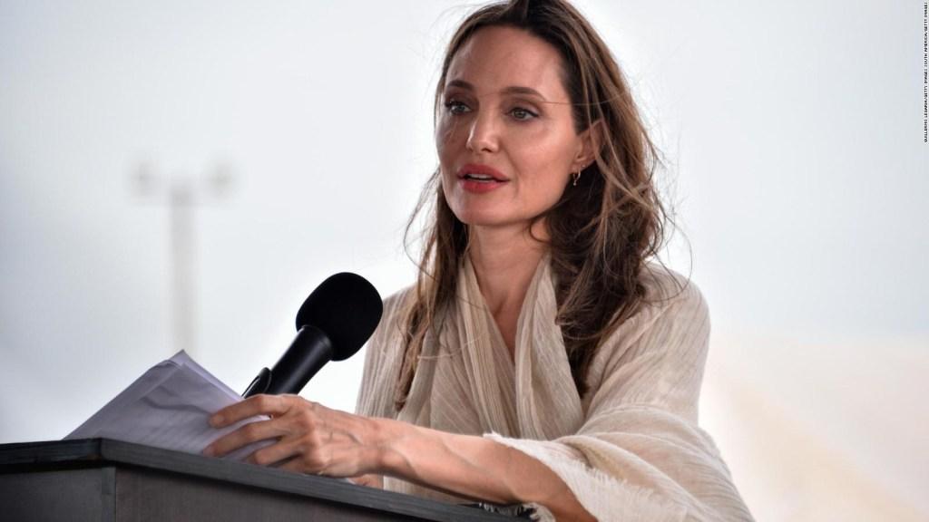 Sumali si Angelina Jolie sa Instagram upang magkomento sa Afghanistan