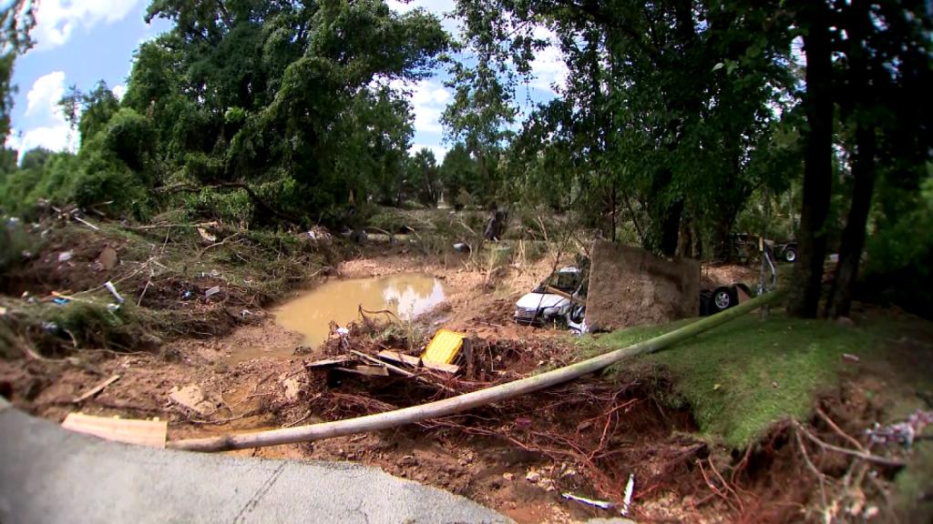 Varios desaparecidos tras inundaciones en Tennessee