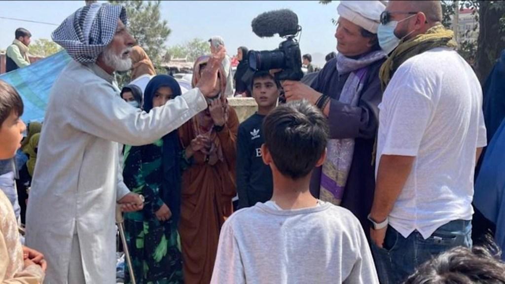 Los talibanes ya no están solos, dice cineasta chileno