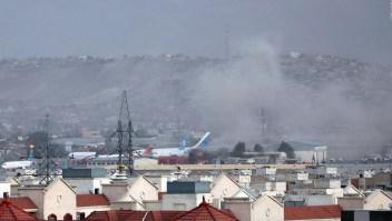 Imágenes muestran el caos tras explosión en Kabul
