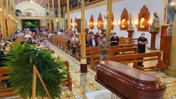 Iglesia católica considera cerrar tempos por covid-19