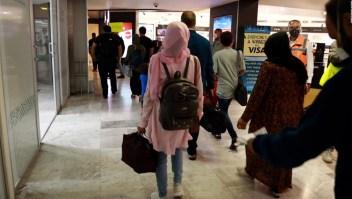 5 cosas: Tercer grupo de afganos llega a México, y más