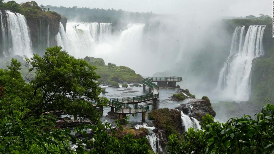 Mira el imponente caudal de las Cataratas del Iguazú
