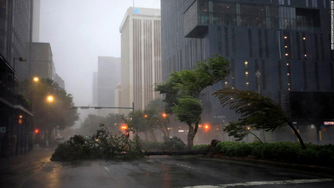 El huracán Ida deja al menos 1 muerto