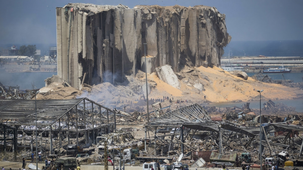 A un año de la explosión en el puerto de Beirut, la investigación oficial se encuentra estancada