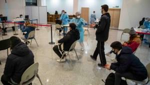 En España avanza la vacunación contra covid-19 de menores entre 12 y 15 años