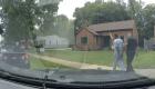 Hablan el agente inmobiliario y los clientes negros que la policía esposó cuando veían una casa