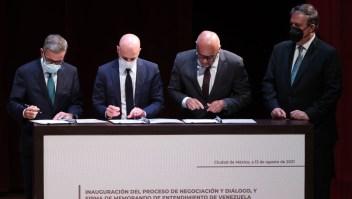 Inicia diálogo entre oposición y oficialismo venezolano