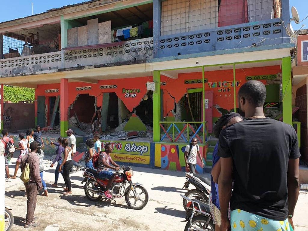 Al menos 227 personas fallecidas tras terremoto en Haití