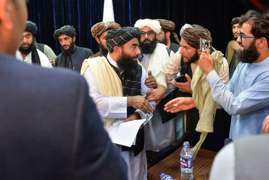 Analista: Nunca se ayudó a afganos a combatir corrupción