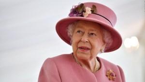 Reina Isabel II felicita a Corea del Norte por día nacional