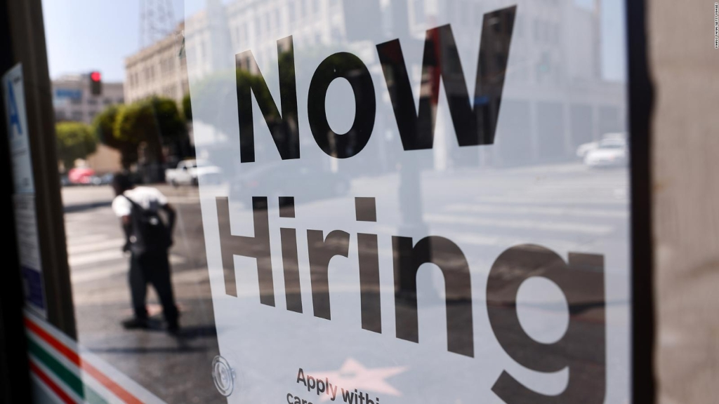 EE.UU. marca otro récord de empleos disponibles en julio