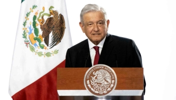 López Obrador aplaude remesas en informe y causa críticas