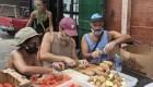 Restaurantes donan comida para damnificados de Ida