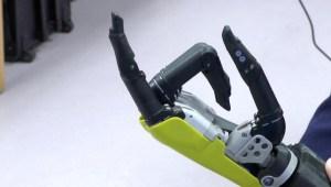 Crean prótesis para devolver el tacto y movimiento