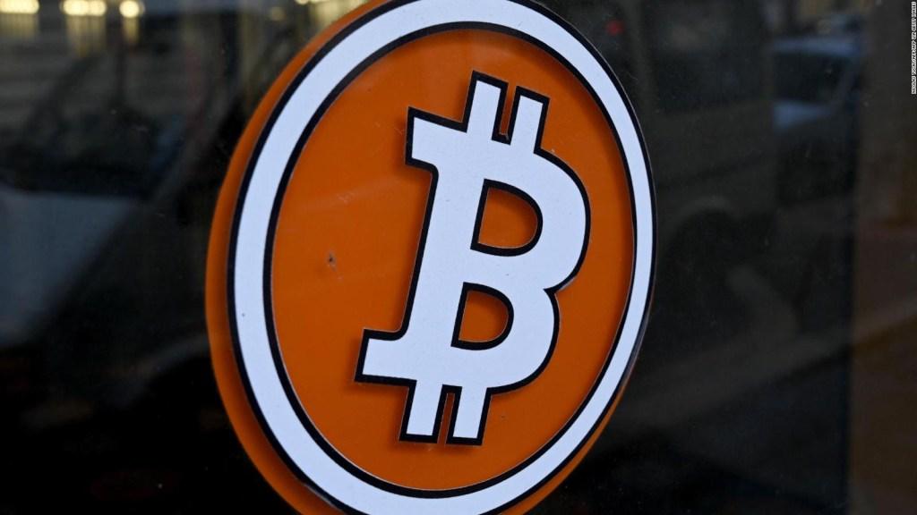 Entusiastas piden la compra masiva de bitcoins