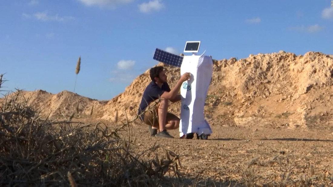 Este robot convierte aire en agua