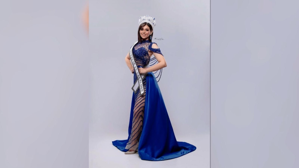 The beauty queen who defends the Bukele government