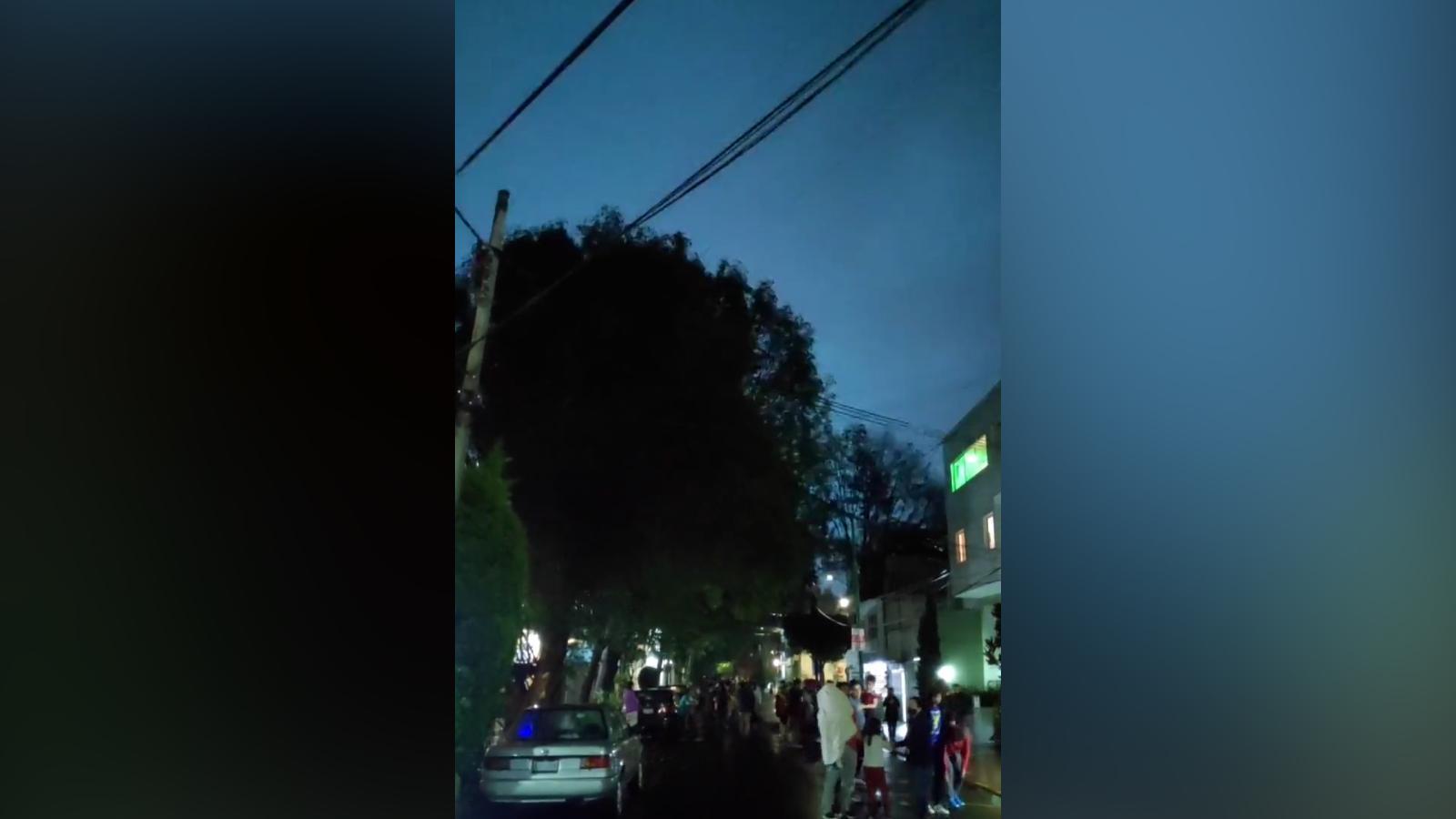 Rapina un negozio in pieno giorno: 25enne in manette nel