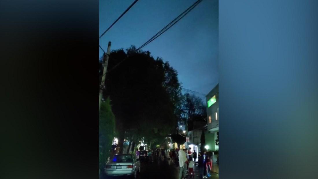 Esto explica las extrañas luces en el sismo en México