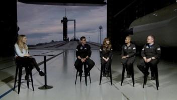 Escucha a los miembros de la misión histórica del SpaceX
