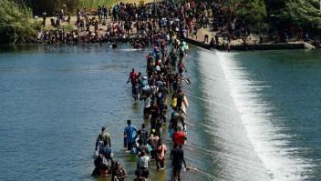 Crisis con miles de haitianos que buscan cruzar a EE.UU.