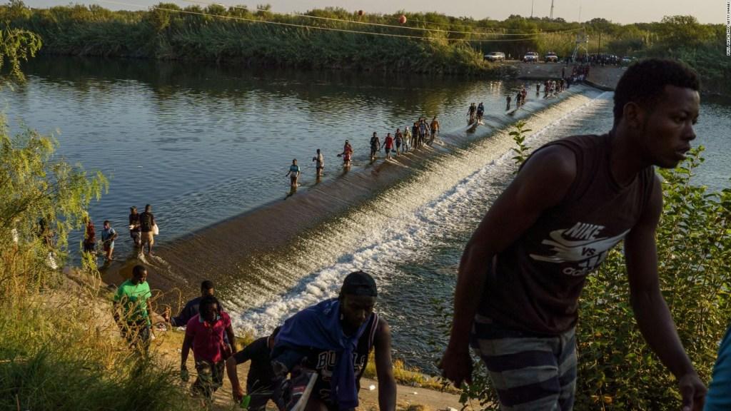 Hasta en el cielo hay migración, dice comisionado mexicano