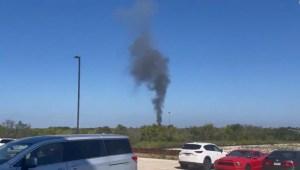 Un avión militar se estrella en un barrio de Texas
