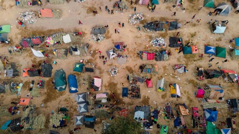 Estados Unidos deportará mayoría de haitianos bajo puente