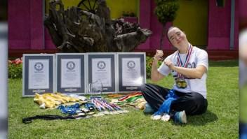 La nadadora con síndrome de Down con 4 récords Guinness