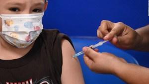 Tardanza de vacuna contra covid para niños tiene una razón