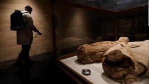 Recrean las caras de tres momias de más de 2.000 años