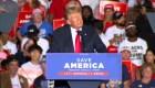 Trump elogia a la demócrata Stacey Abrams