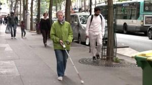Crean dispositivo para discapacitados visuales