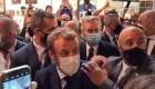 Mira el golpe a Macron cuando le tiraron un huevo