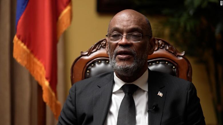 Exclusiva: Ariel Henry, líder de Haití, dice que entiende las deportaciones de migrantes haitianos en EE.UU. y que las elecciones se retrasarán