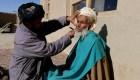 Talibanes prohíben afeitar barbas en provincia afgana